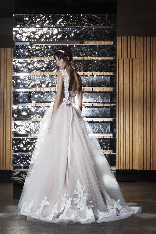 6e0735d817e4a79 Коллекция: 1; Модель: Пышное свадебное платье Joyce; Размер: 42; Описание:  Пышное свадебное платье в Тюмени! Джойс! Цвет: белый; Страна производитель  ...
